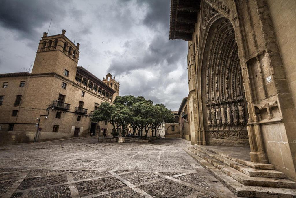 Huesca   CAMPING LOARRE